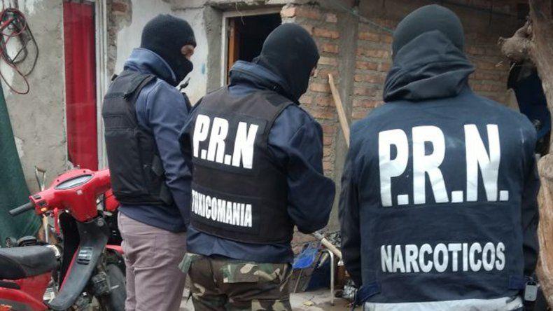 Intensos operativos para dar con una banda de pistoleros
