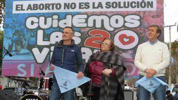 wisky cruzo a tortoriello tras la marcha contra el aborto legal
