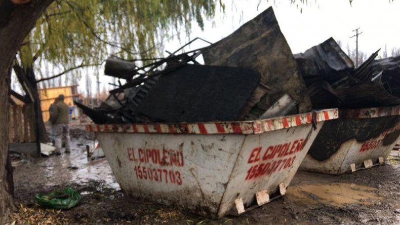 El Municipio ayudará a la familia afectada por el incendio en Puente Madera