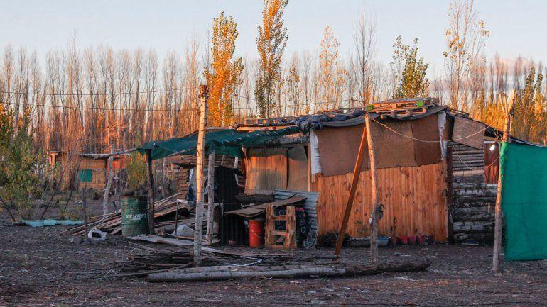 En el asentamiento viven 300 familias que han sido censadas y que recibirán un certificado de vivienda. A futuro