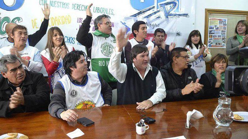 Los docentes rionegrinos realizarán tres grandes marchas en la provincia.