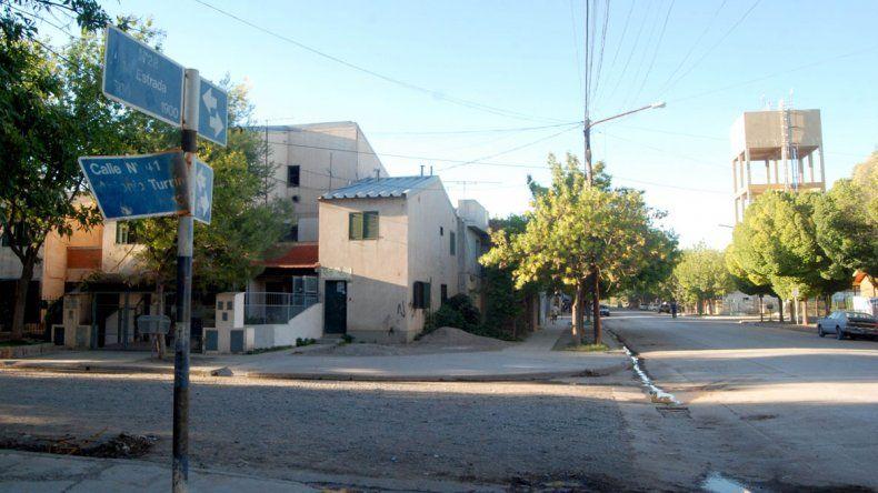 El violento enfrentamiento entre bandas ocurrió frente en la esquina de Manuel Estrada y Turrín.