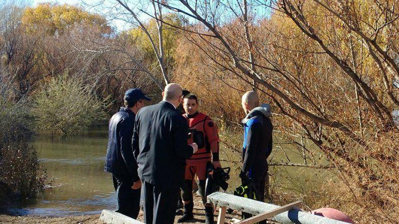Continúan los rastrillajes en la zona del río para buscar a Yanina