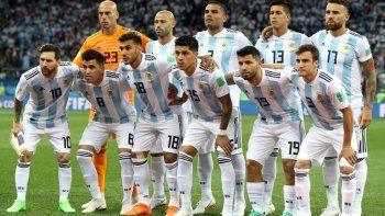 otra decepcion: argentina cayo por goleada ante croacia y complico su clasificacion