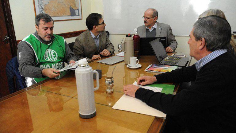 El acuerdo se resolvió en el marco de la mesa de la Función Pública.