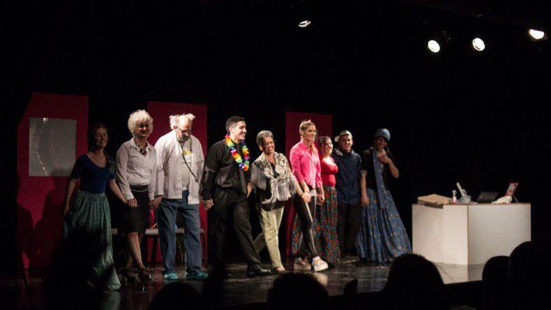 La obra Sobreturno fue estrenada el año pasado en Cipolletti con dos funciones a lleno y pretenden repetir la experiencia en esta oportunidad.