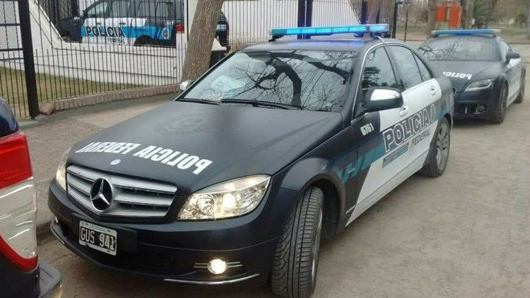 Como en Dubái: autos de alta gama para combatir el narcotráfico