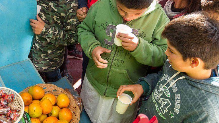 Las escuelas locales pueden competir por fruta gratis