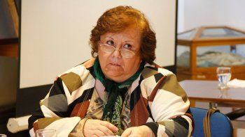 La concejal Marisa Lazzaretti dirige la actividad del Deliberante.