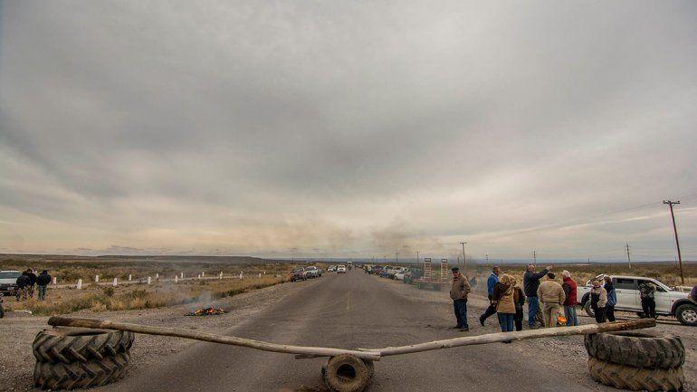 Rurales cortarán el tránsito en la Ruta 22 desde temprano