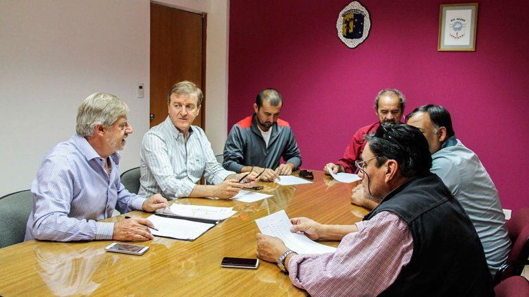 Tortoriello recibió ayer a dirigentes de los gremios ATE