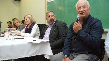 Rubén Belich, líder de Camioneros, ve complicado el acuerdo.