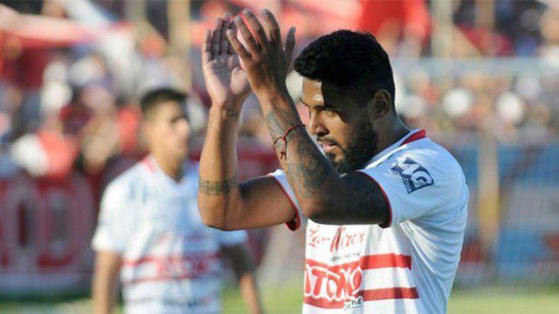 El Albinegro oficializó la incorporación de su nuevo delantero: Maximilano Herrera llevará la 9