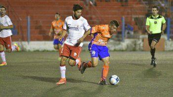Laspada, por segundo año, dirigirá al Deportivo Roca.
