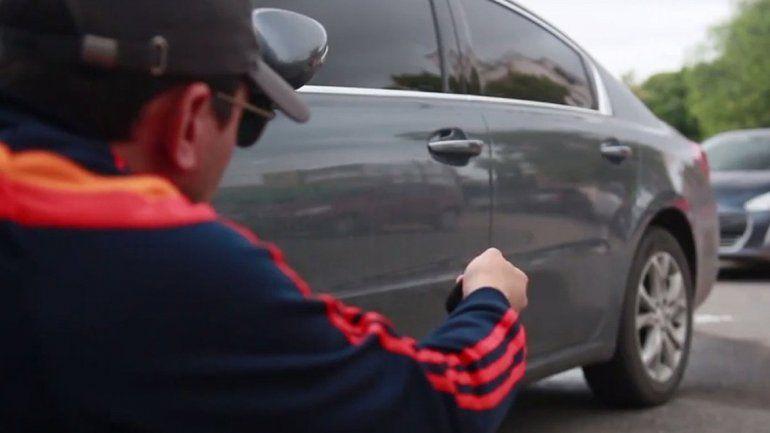Los delincuentes sabían que estaban en falta y evitaron un control preventivo en la Ruta Chica. Mediante un operativo cerrojo, los interceptaron en la 22.