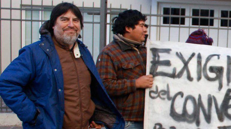 La comunidad perlense quiere mayor protagonismo en las decisiones.