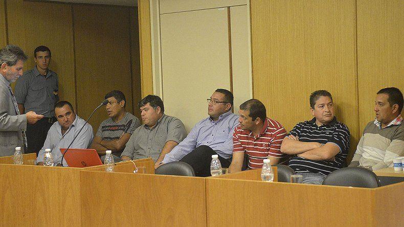 Suspendieron de la fuerza a los 7 policías condenados por el crimen de Solano