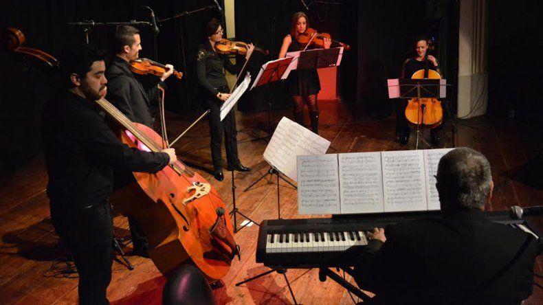 El Sexteto es dirigido por el cipoleño Miguel Ángel Barcos.