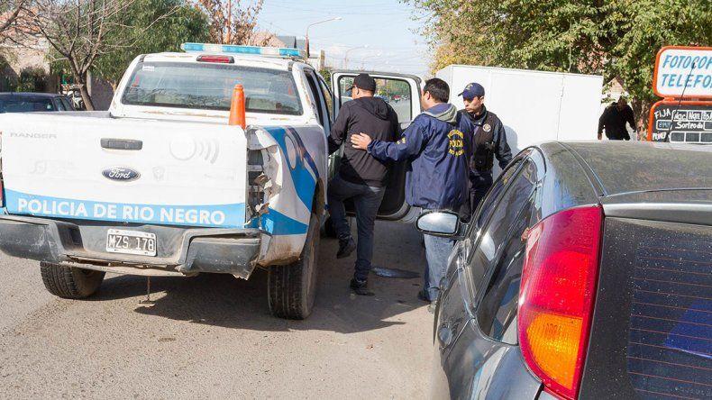 La persecución de la delincuencia que se aprovecha de límites geográficos entró en la agenda de ambas provincias.