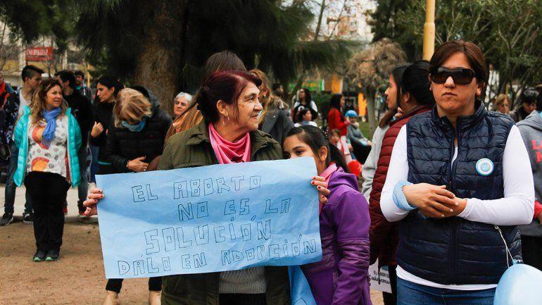 La concentración contra el aborto legal tuvo lugar en la plaza San Martín.
