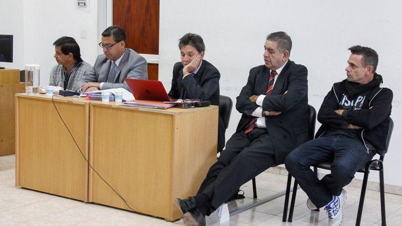 Al sindicalista Rubén López y al ex jugador de Boca Luis Abramovich los acusaron de haber abusado sexualmente de una joven en Cipolletti.
