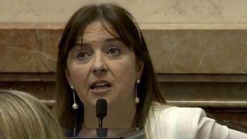 odarda quiere evitar la actividad petrolera en el mar argentino