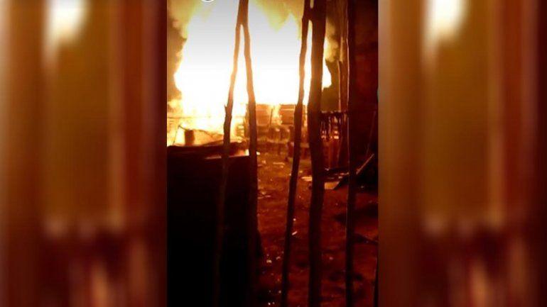 Una falla eléctrica provocó un incendio en una toma
