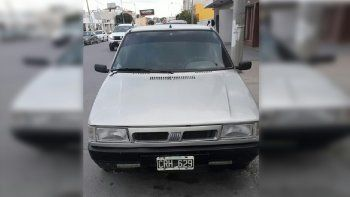 Buscan a través de Facebook un auto robado en pleno centro