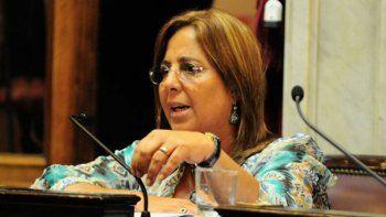 La ex senadora María José Bongiorno firmó a nombre de la unidad básica.