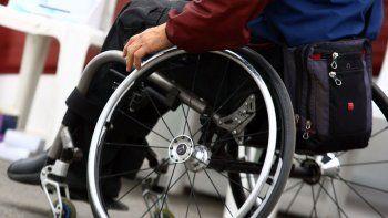 mas de 300 discapacitados llevan dos anos sin pension en cipolletti