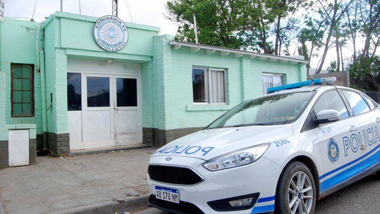 Armados y encapuchados, robaron un kiosco del Luis Piedrabuena