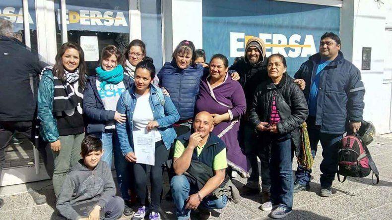 Los integrantes del Foro por la Tierra y la Vivienda participaron de una reunión en la sede local de Edersa.