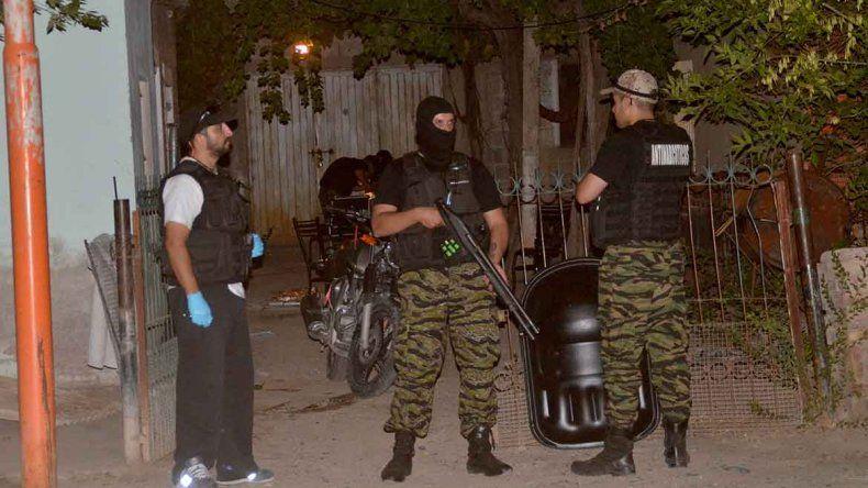 Los operativos contra kioscos de droga en Cipolletti son permanentes.