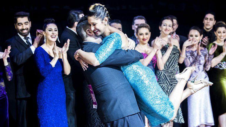 Dos cipoleños la rompieron en el Mundial de Tango
