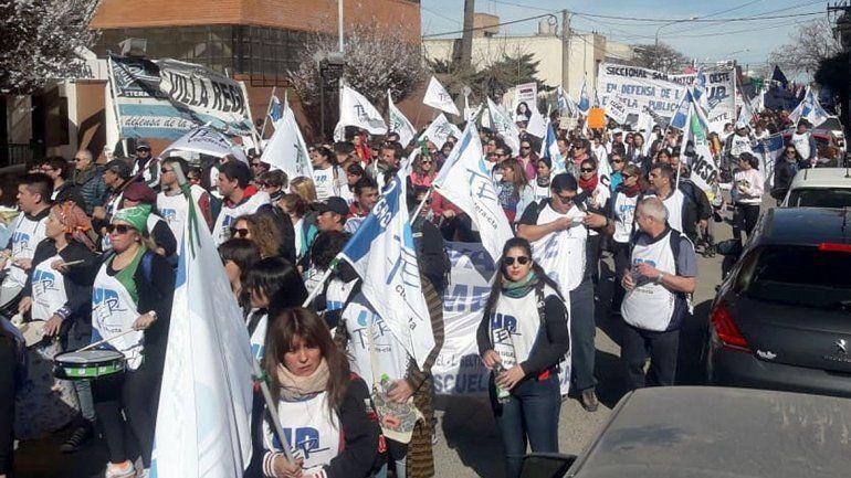 Masiva movilización en Viedma contra el ajuste en la Patagonia
