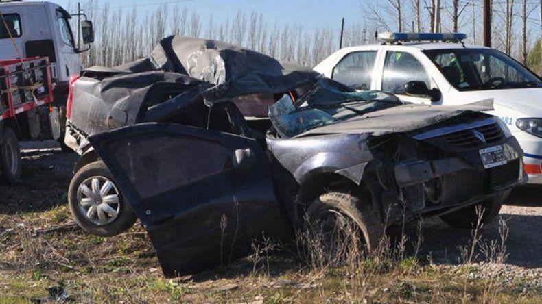 Un cipoleño murió tras chocar con un poste en General Roca