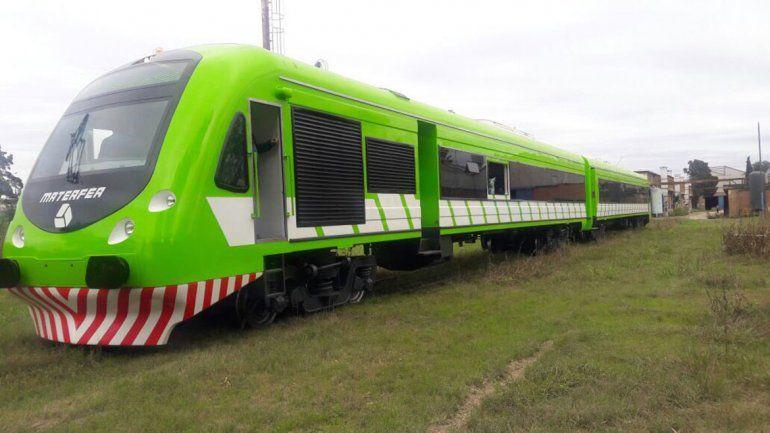 El nuevo Tren Patagónico ya está en viaje hacia Río Negro.