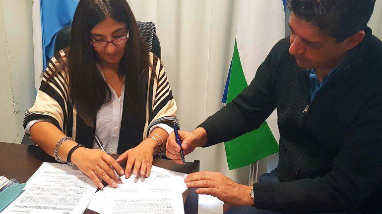 Se firmó el convenio entre la Senaf y la Universidad del Comahue.
