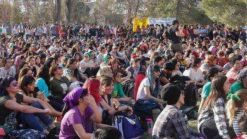 Estudiantes de la UNCo llevarán la protesta  a las rutas de la región