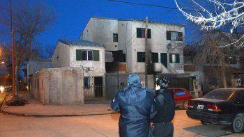 El departamento donde vivía el abusador fue incendiado.