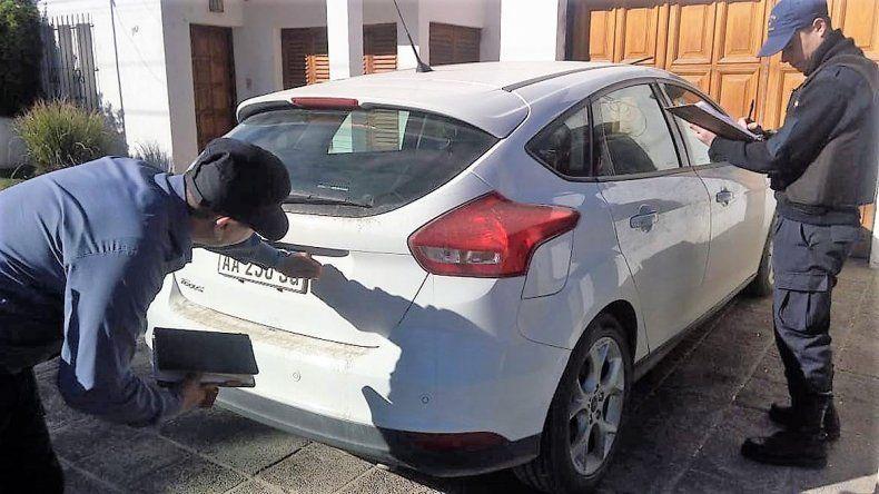 Secuestraron auto de alta gama abandonado en El Manzanar