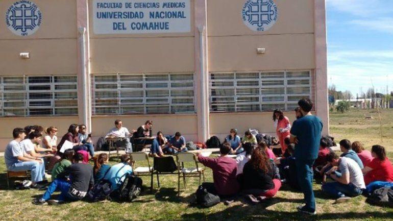 Dictarán clases públicas de Medicina en el centro cipoleño