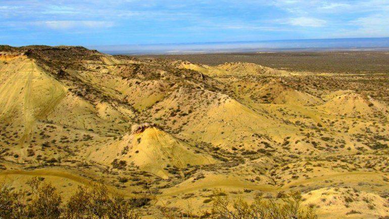 El cerro Azul y su entorno están en riesgo por el progreso humano.