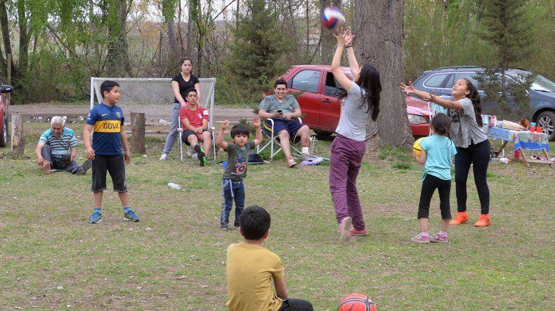 Miles de vecinos festejaron la llegada de la primavera