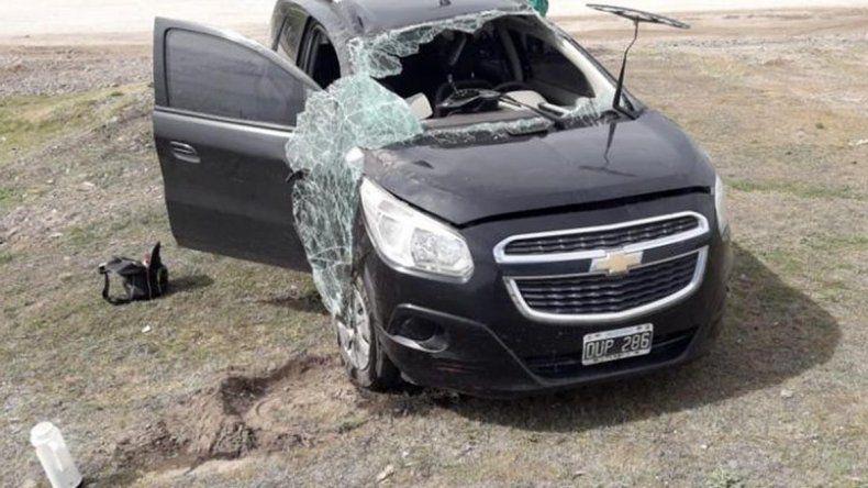 Ingresó sin mirar a la Ruta 151, provocó un vuelco y se dio a la fuga