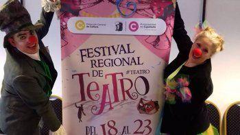 el festival regional de teatro baja el telon con dos shows