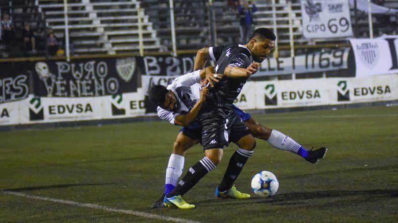 La Bestia Herrera ya se hizo presente con goles oficiales en el Albinegro.