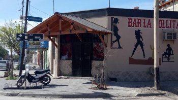 Borracho y desquiciado chocó contra un bar y golpeó a su ex pareja