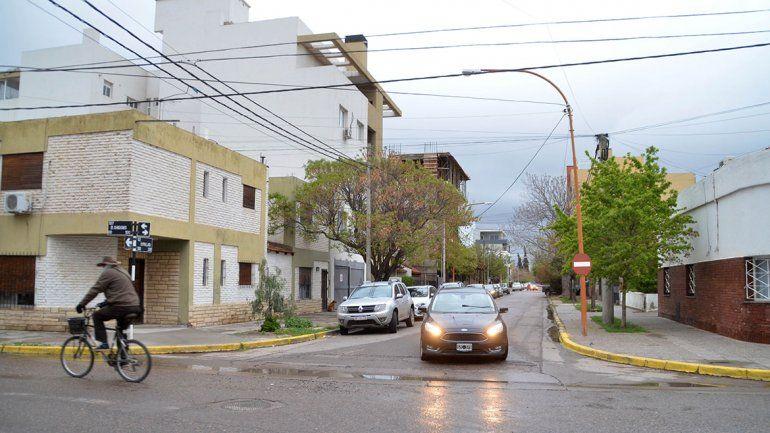 El ataque a balazos ocurrió frente a la casa de la víctima