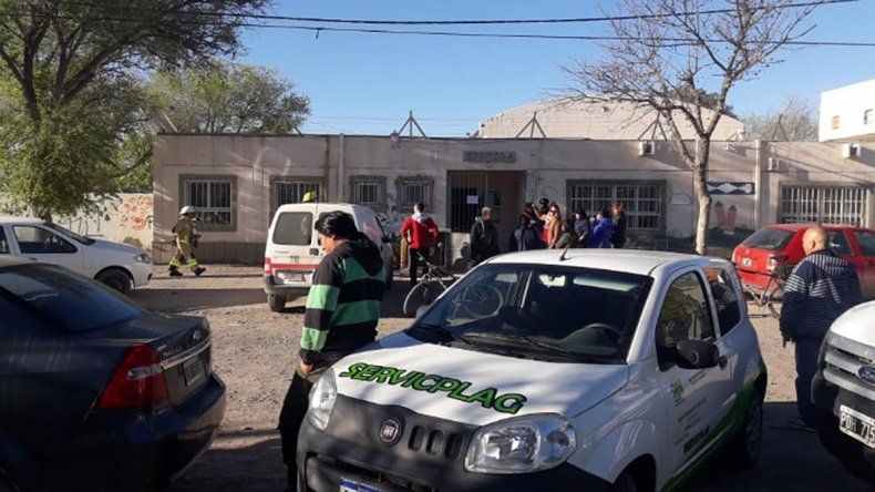 Evacuaron una escuela primaria tras aviso de pérdida de gas: denuncian sabotaje